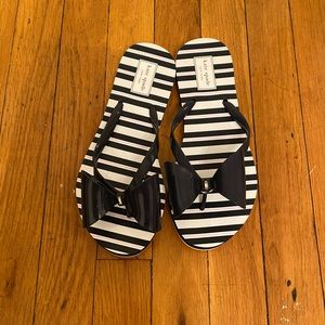🐳 NEW Kate Spade Flip-flops